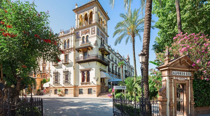 seville-hotel-alfonso-xiii-345704_1000_560